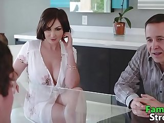 Kinky MOM Big Cock Eating Stepson - FamilyStroke.net