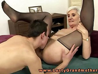 Blonde mature granny pussy eating